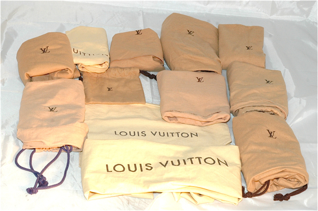 Iwatchan Has A Full Supply Of Authentic Louis Vuitton Dust Bags In All Sizes I Ve Noticed That When People Are Ing Used Lv On The