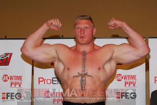 Muscle bodybuilder rimjob with goo flow