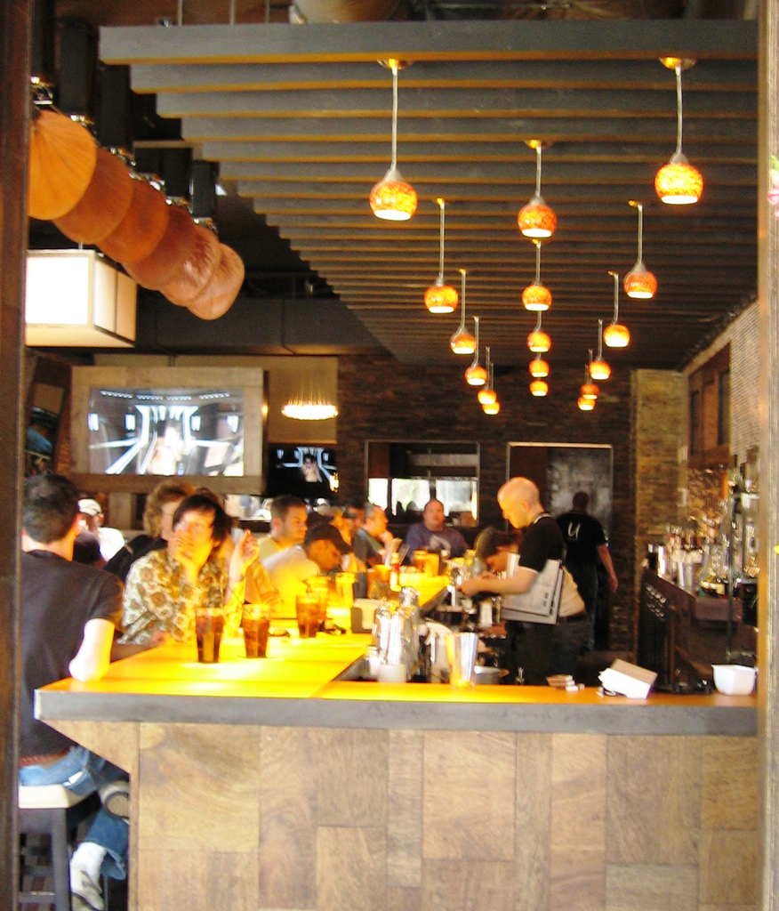 Light and Color in Interior Environments: Cafe Lighting 3