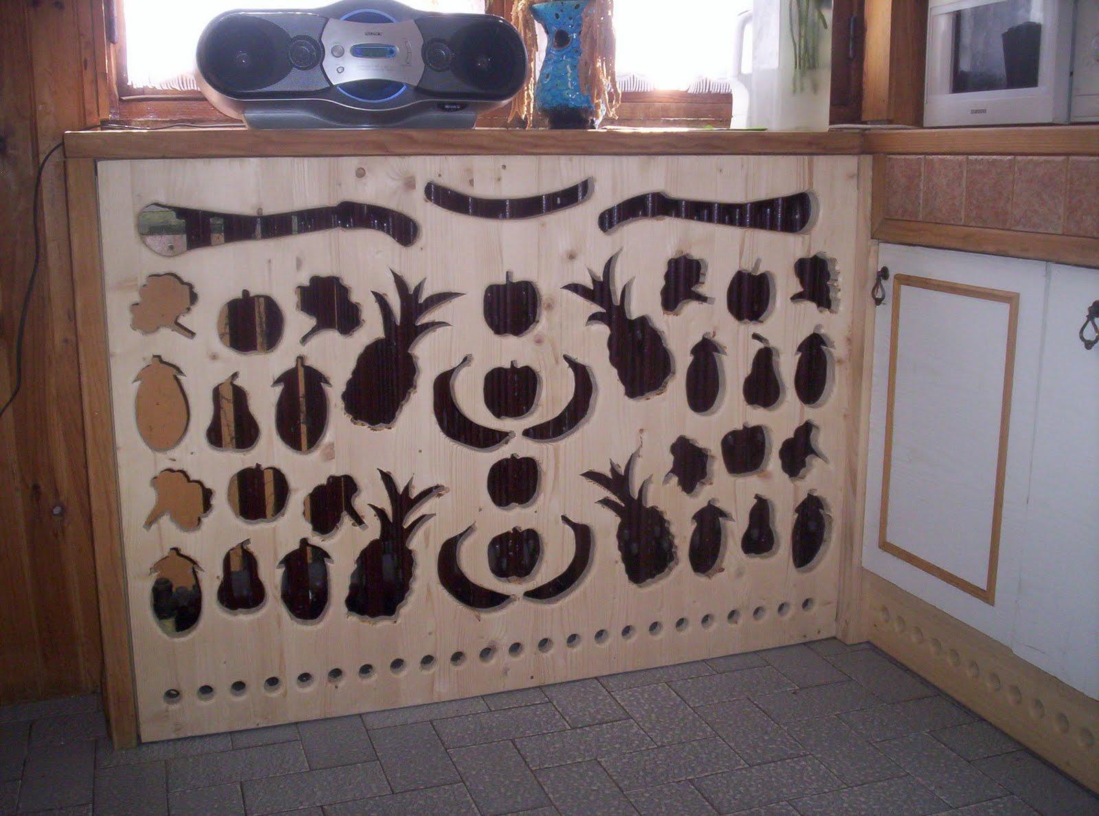 l 39 atelier du bois cache radiateur de cuisine avec un. Black Bedroom Furniture Sets. Home Design Ideas