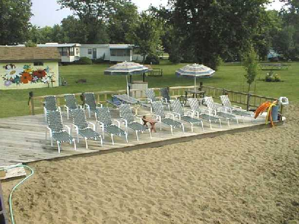 Camping in the Quad Cities - Sunset Lakes Resort