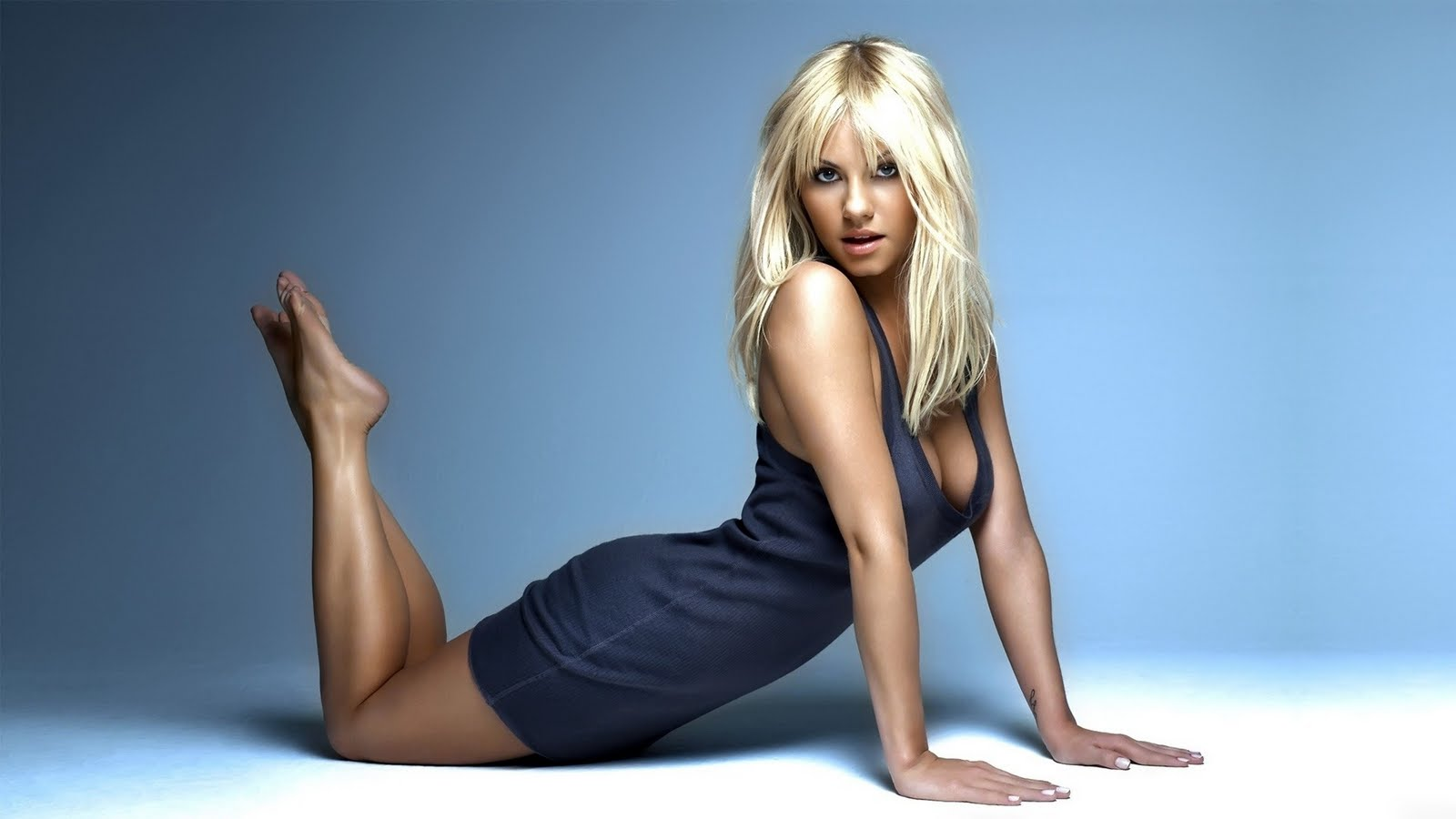 Best Quality HD Wallpapers: Elisha Cuthbert - Super Sexy Wallpapers