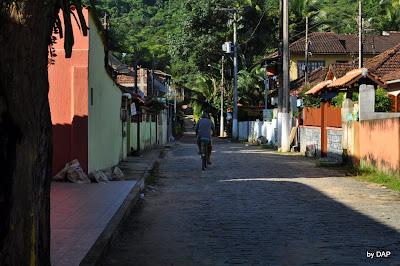 rua vila abraão ilha grande morador
