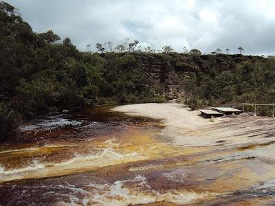minas gerais mg ibitipoca cachoeiras  viajando sem frescura turismo  parque prainha