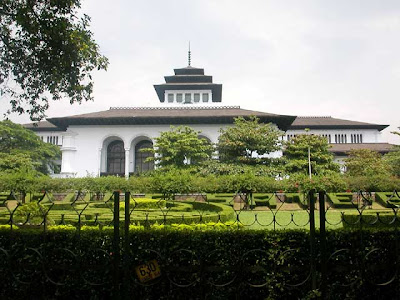 Travel Bandung