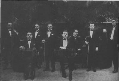 Elvino Vardaro integrando la orquesta de Roberto Firpo en 1923
