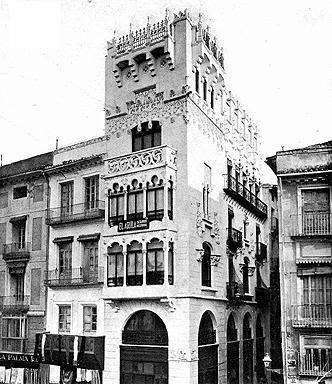 Historia Politica y Economia Edificios modernistas en Valencia  visita arquitectonica Valencia