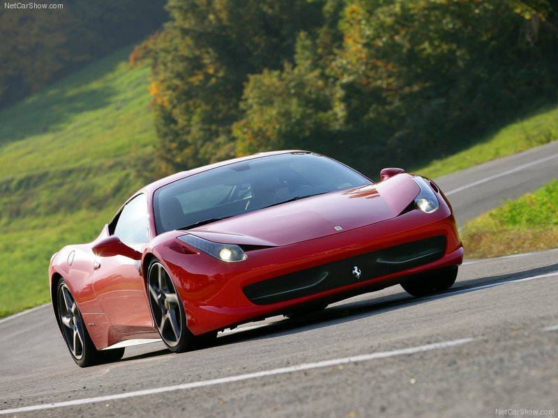 Ferrari-458_Italia_2011_800x600_wallpaper_04.jpg