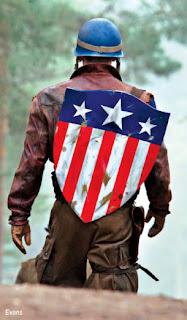 captain america EW triangleshield - Y siguen llegando imagenes nuevas del Cap America!!!