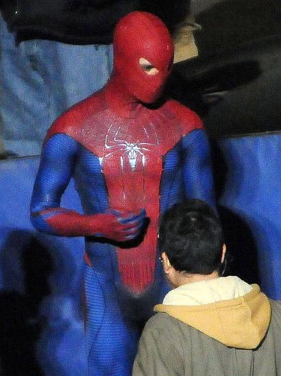 spidermansetpicsfeb4a6 - Fotos de Spiderman en acción!