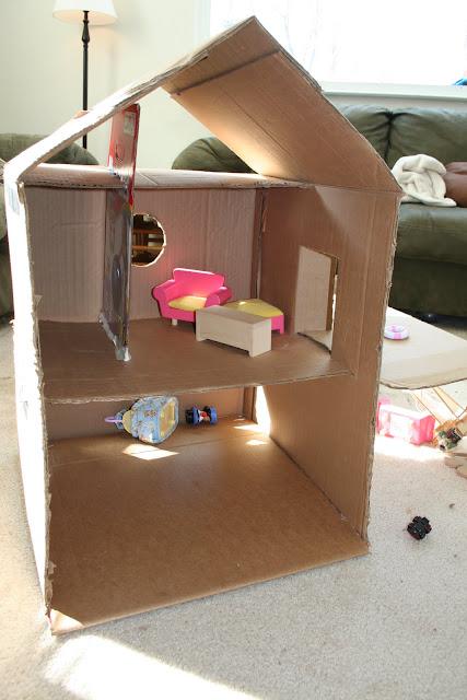 Sweet Daisy Designs Cardboard Box Dollhouse