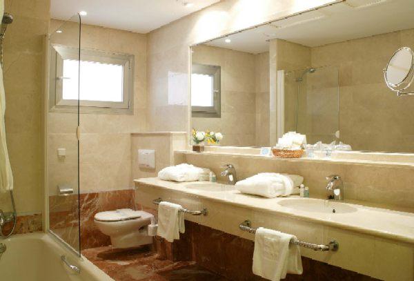 ARRAYAN MUEBLES: Vanitorios de baño