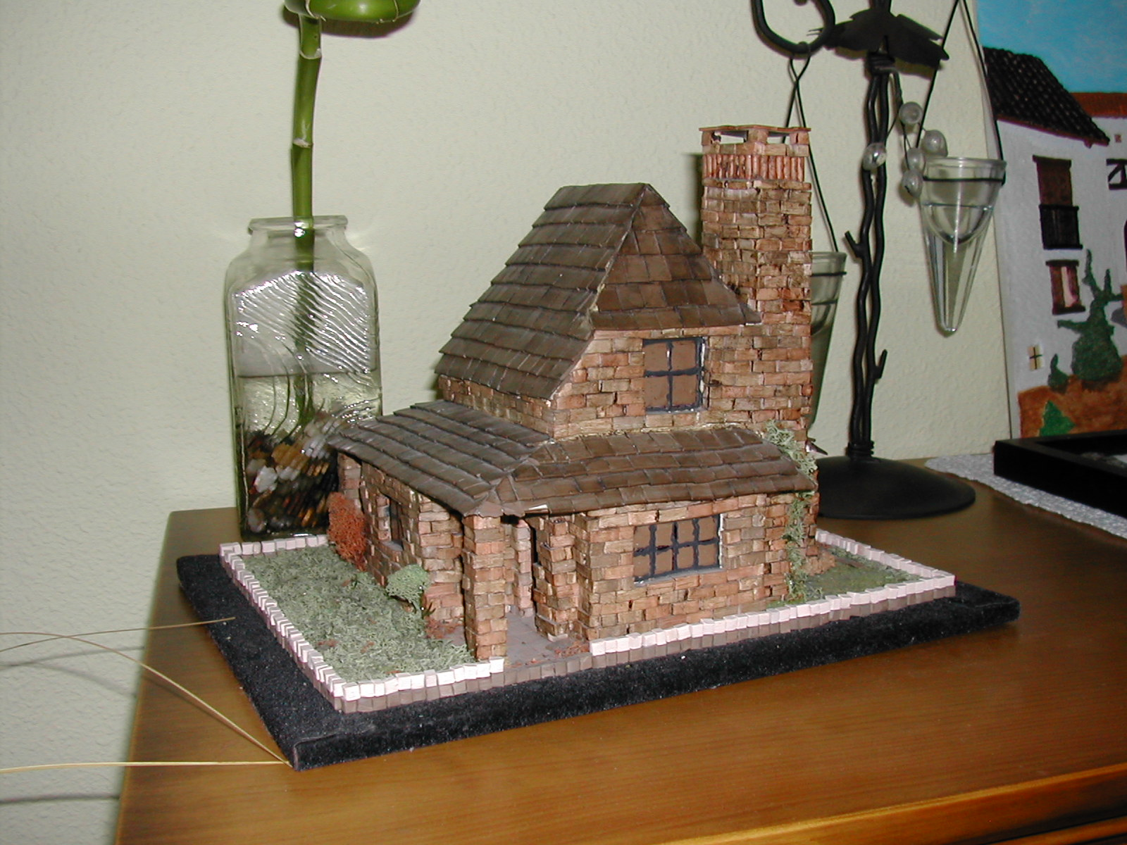 UN POCO PARA COMPARTIR: Casa de ladrillo con chimenea