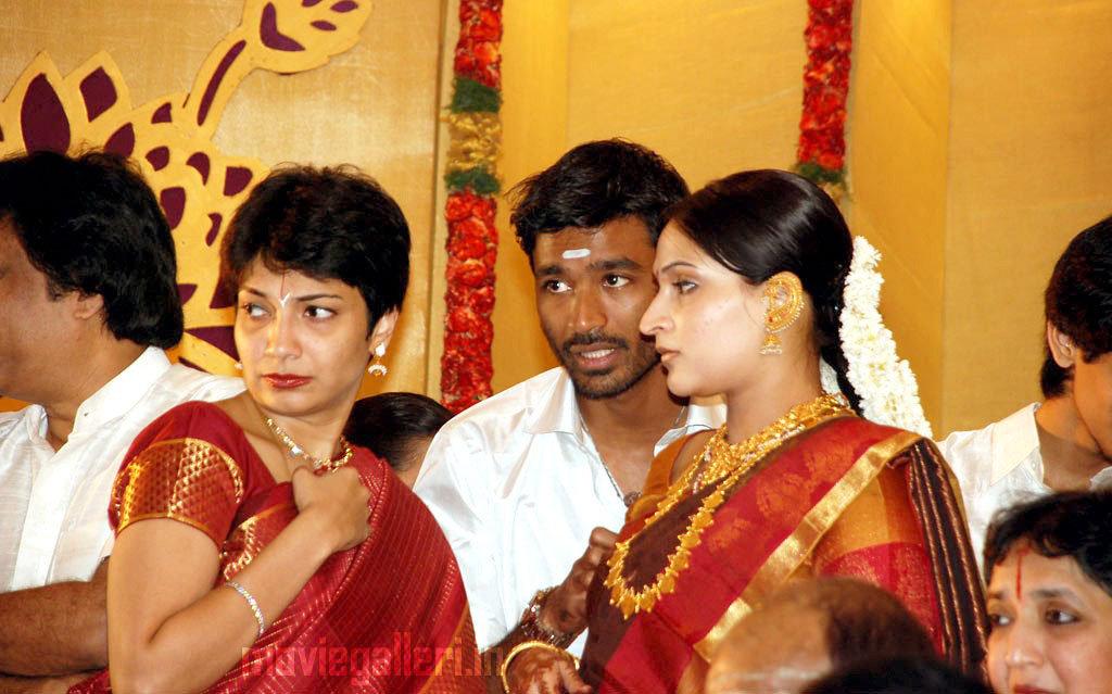 Aishwarya Dhh Soundarya Rajinikanth Wedding Photos Wallpapers
