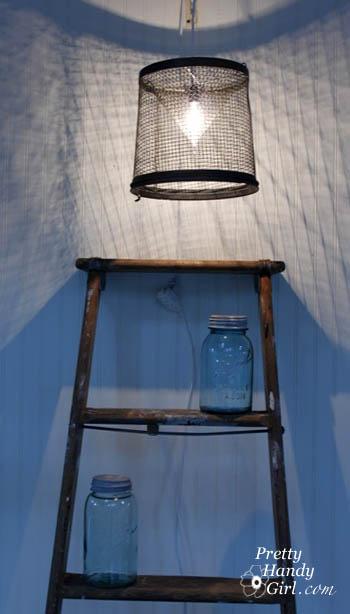 Twisty Light Bulb