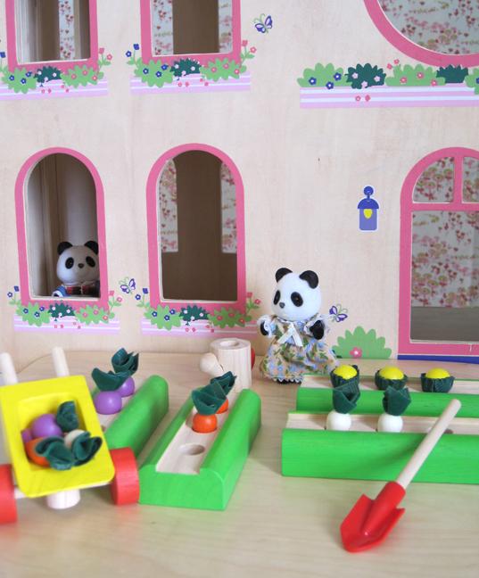 Whats So Trendy About Plan Toys – Plan Toys Vegetable Garden