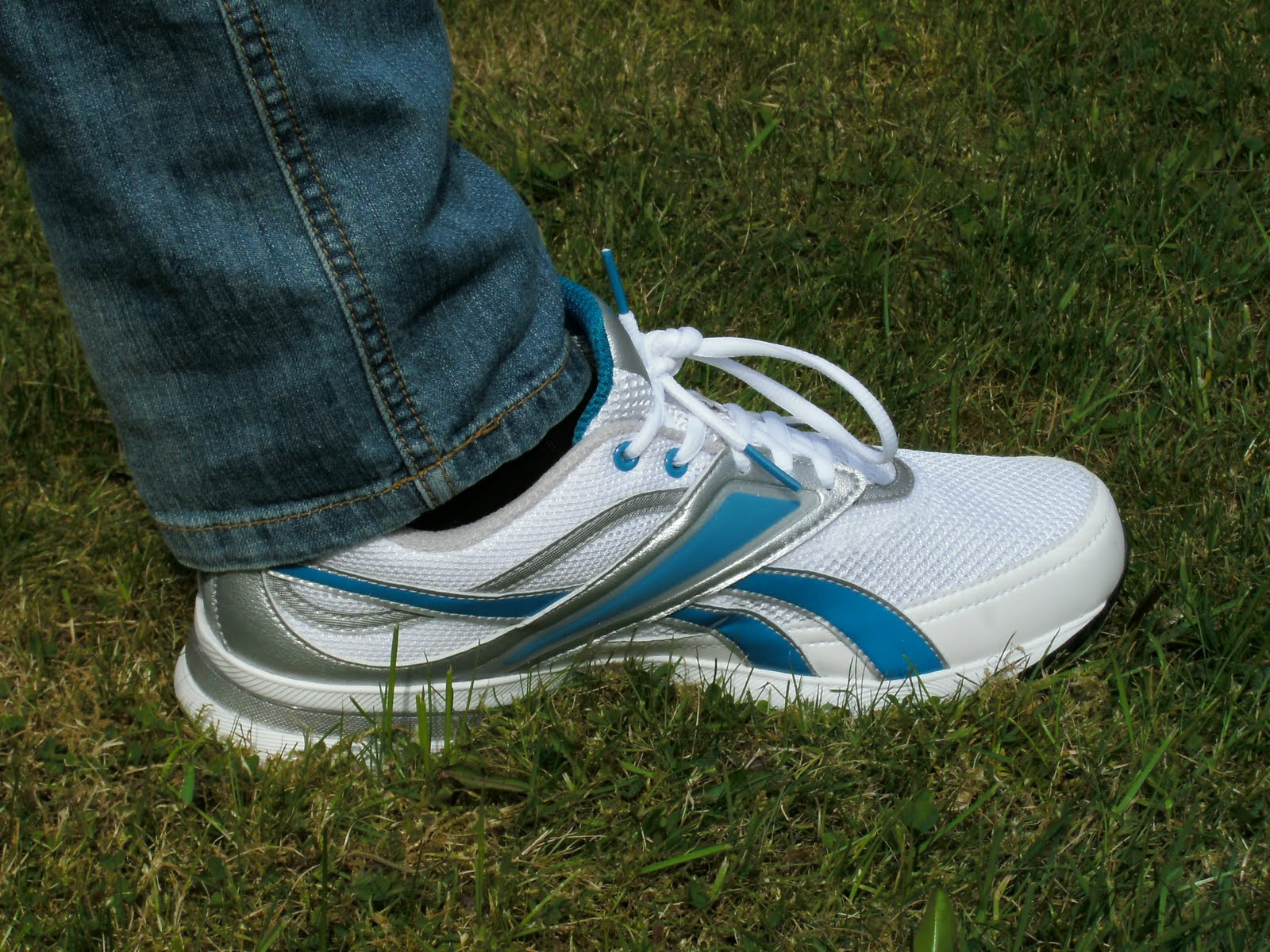 74cc06a1 Fashion 2011: Review: Reebok easy tone trainers