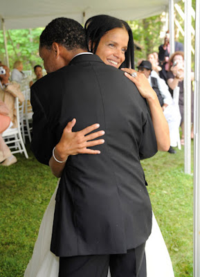 75e8a424518 Victoria Rowell finally married her fiance artist Radcliffe Bailey in  Dublin, New Hampshire.