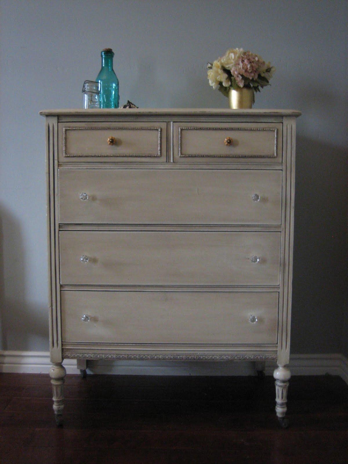 European Paint Finishes  TurquoiseTeal  Cream Bedroom Set