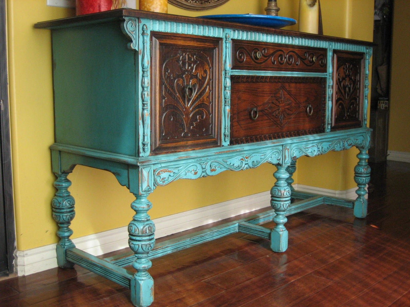 European Paint Finishes Old World European Sideboard