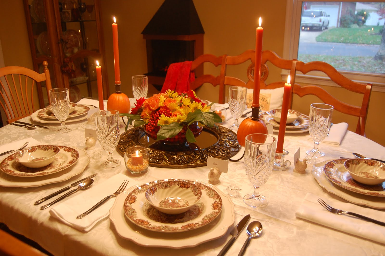 Ma maison thanksgiving table - Thanksgiving dinner table decorations ...