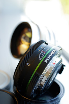 Pentax DA 70mm f/2.4 limited