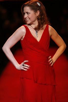 The Office's Jenna Fischer Marries Screenwriter Lee Kirk