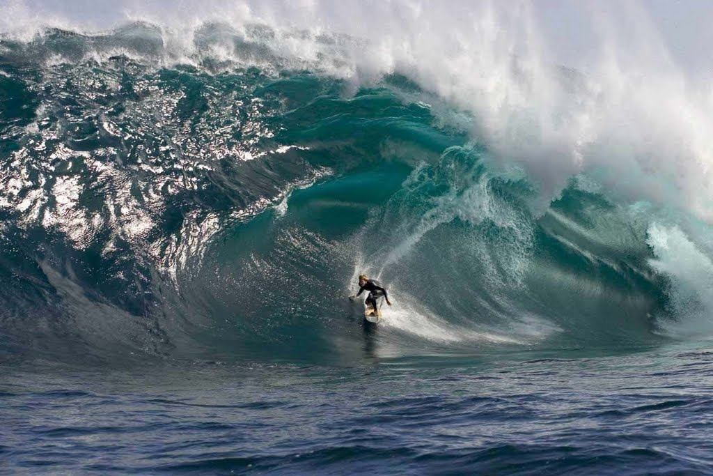 Enjoy The Most Amazing Pictues: 13 Cool Big Wave Surfing ...