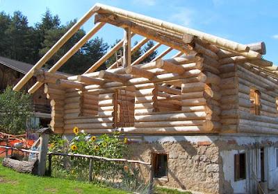 La casa del sole il blockbau for Case di legno rumene
