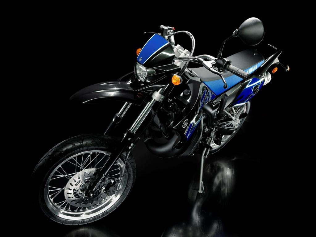 motorcycle best picture gallery yamaha dt 50 wallpaper gallery. Black Bedroom Furniture Sets. Home Design Ideas