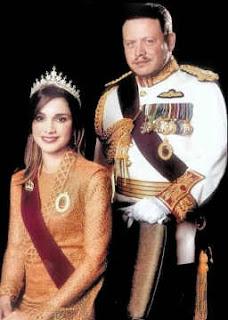 http://4.bp.blogspot.com/_gogtIwOlTPQ/THy8Zw6uZVI/AAAAAAAAABY/hy0QwhvouQU/s320/jordan_royals.jpg