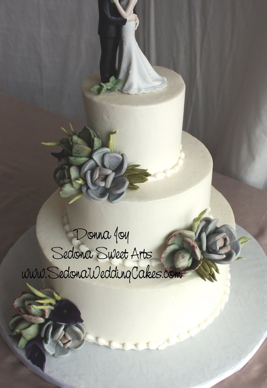 Sedona Wedding Cakes  Sugar Succulent Wedding Cake Sedona Keeping the theme going Donna Joy of Sedona Sweet Arts created a variety of  hand sculpted sugar succulents for the wedding cake  How sweet is this