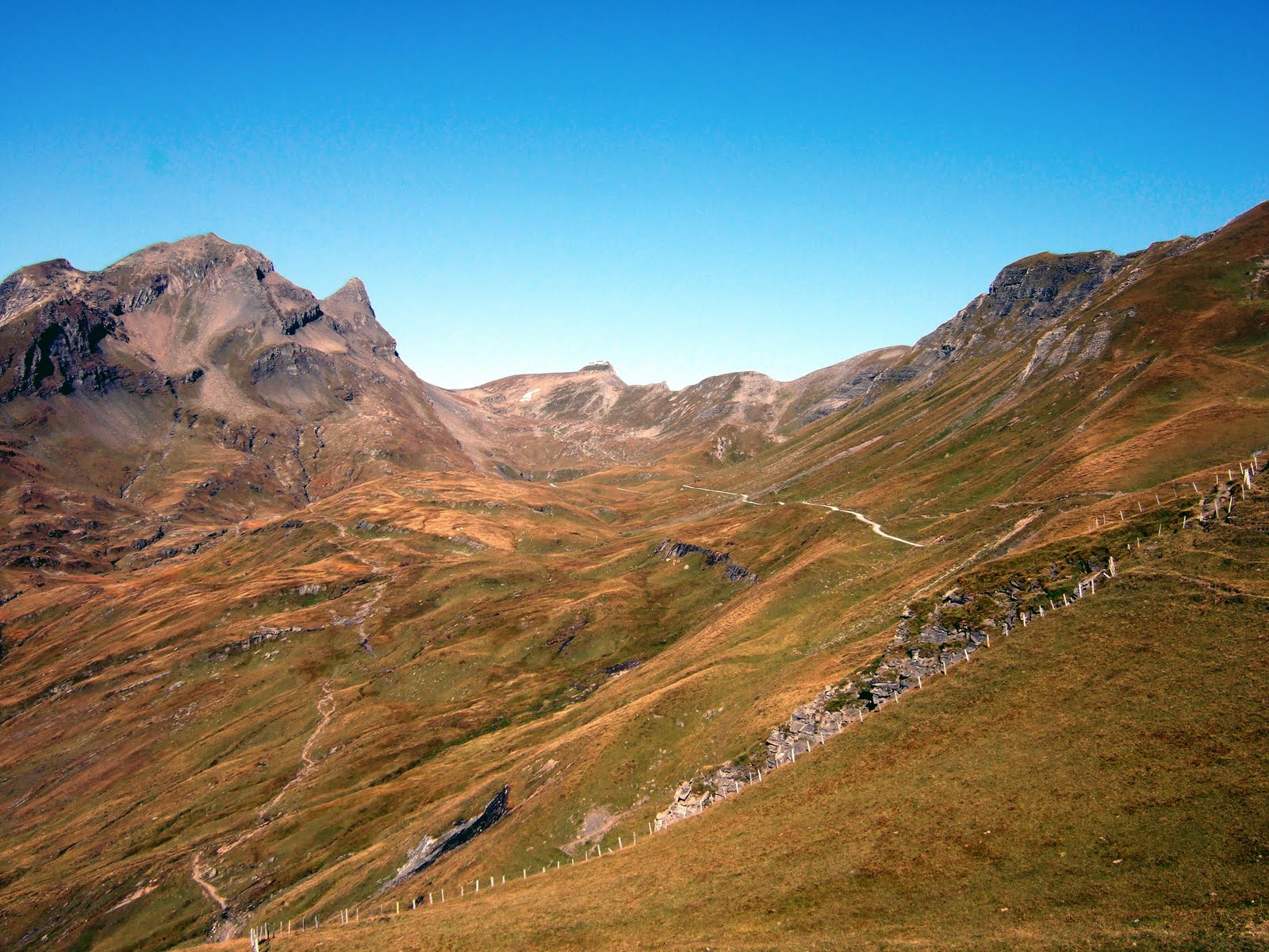 Alpine Trails: The Faulhorn from Grindelwald