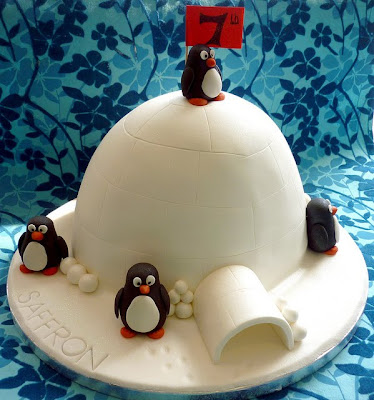 penguin igloo wedding cakes