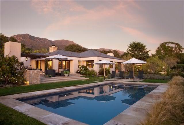 traumh user luxus immobilien luxus traumhaus mit pool in den h geln von kalifornien. Black Bedroom Furniture Sets. Home Design Ideas
