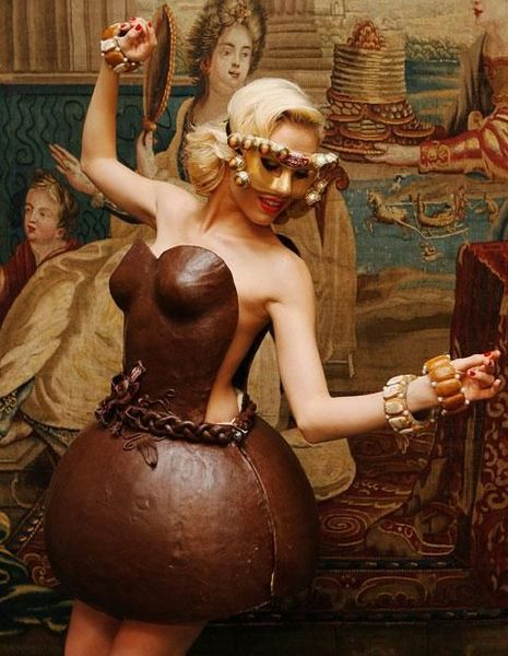 Dress made of chocolates