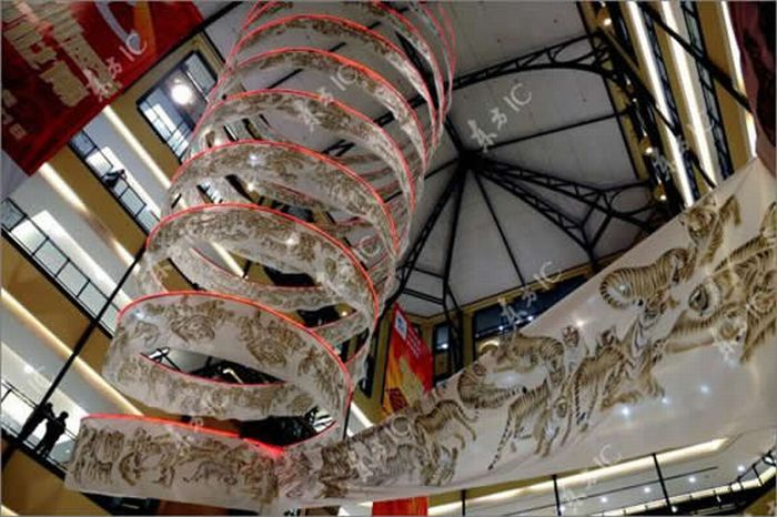 Chinese artist Xiao Yanqing drew 2,010 tigers in 200-meter-long scroll: 10
