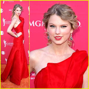 Miley Amp Jonas Fans Taylor Swift Is Radiant In Red
