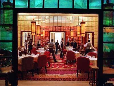 lily restaurant paris