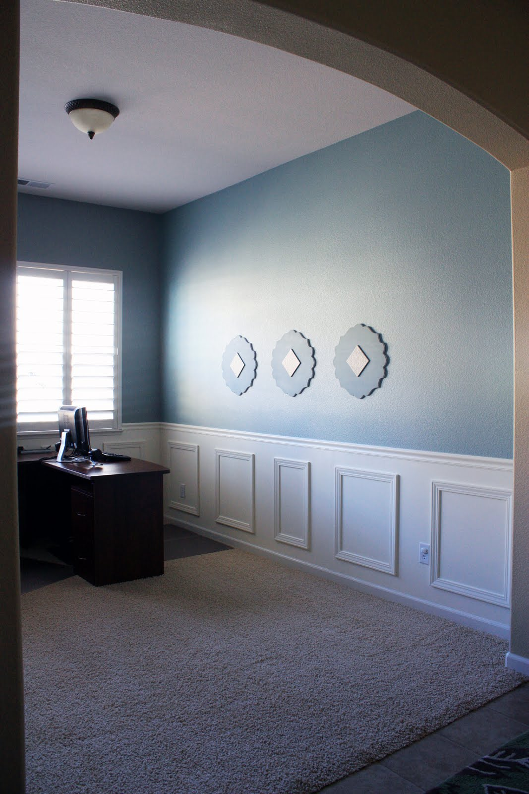 The Sassy Pepper: DIY Wall Paneling/Wainscoting