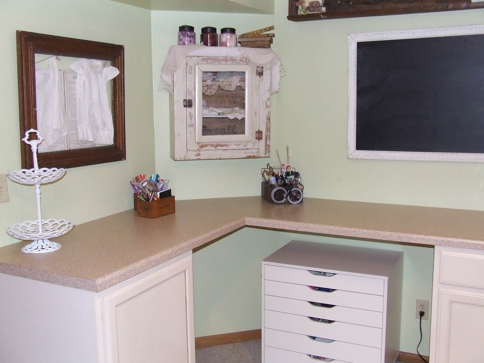 Pieces of Home Designs: August 2010