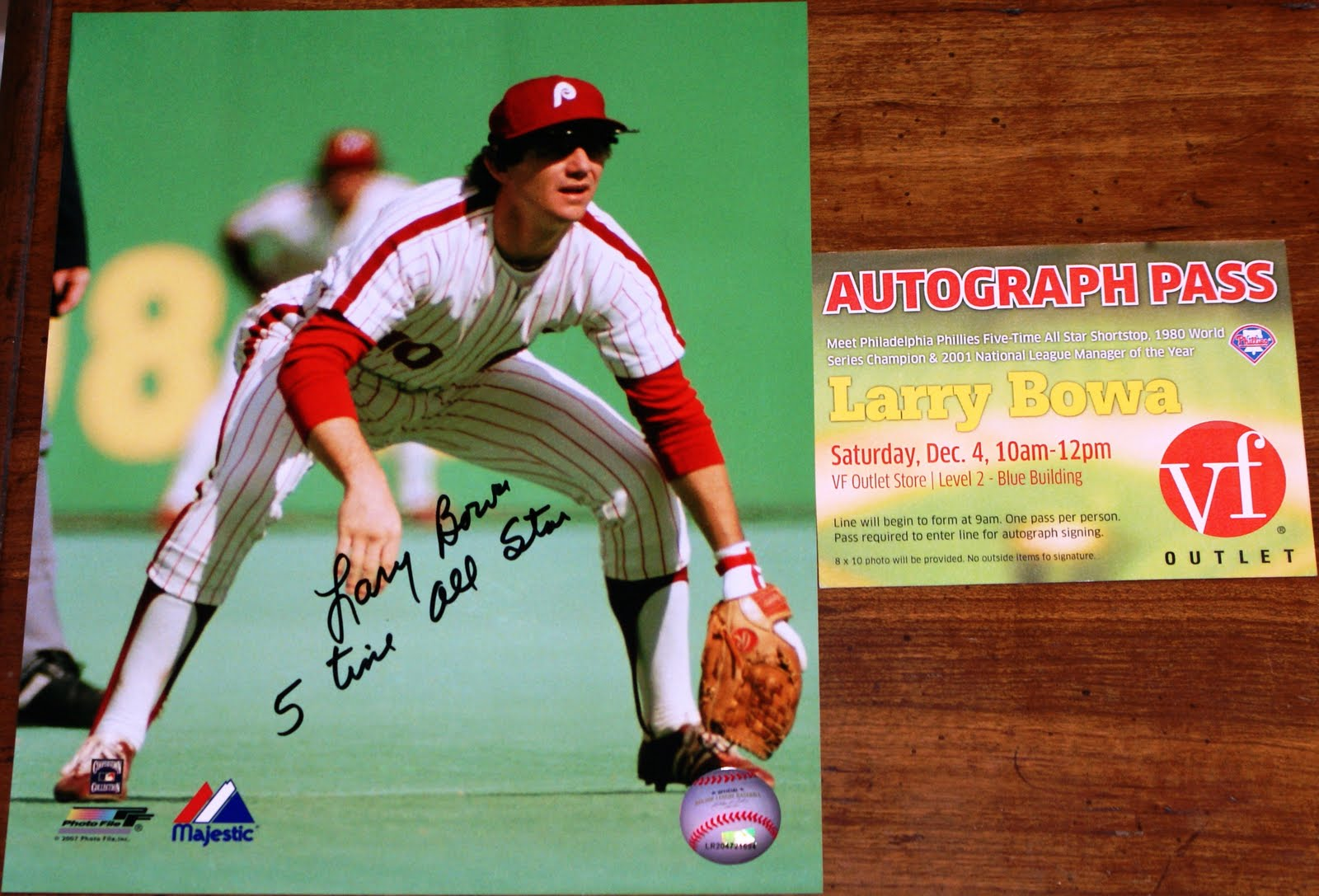 Dion's Autograph collection: Larry Bowa