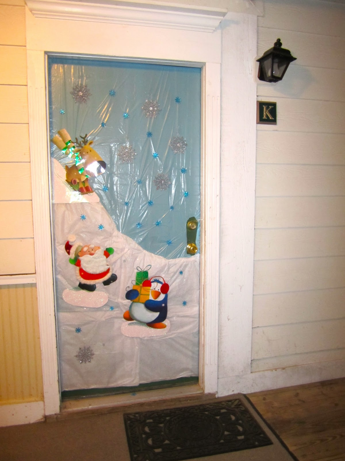 Riverland Woods: Holiday Door Decorating Contest
