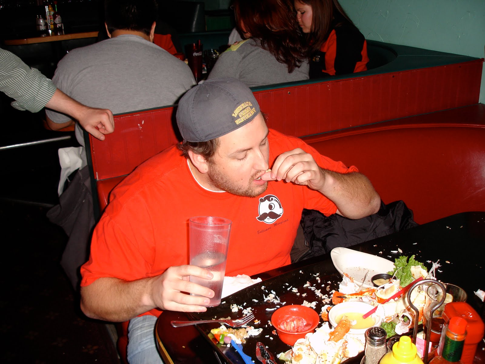 Jay tries to finish the Kodiak Arrest Challenge at Humpys Great Alaskan Alehouse