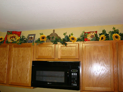 "Simply ""Jenn""-Sational: Decorating and doggies - Decorating Top Of Cabinets With Sunflowers"