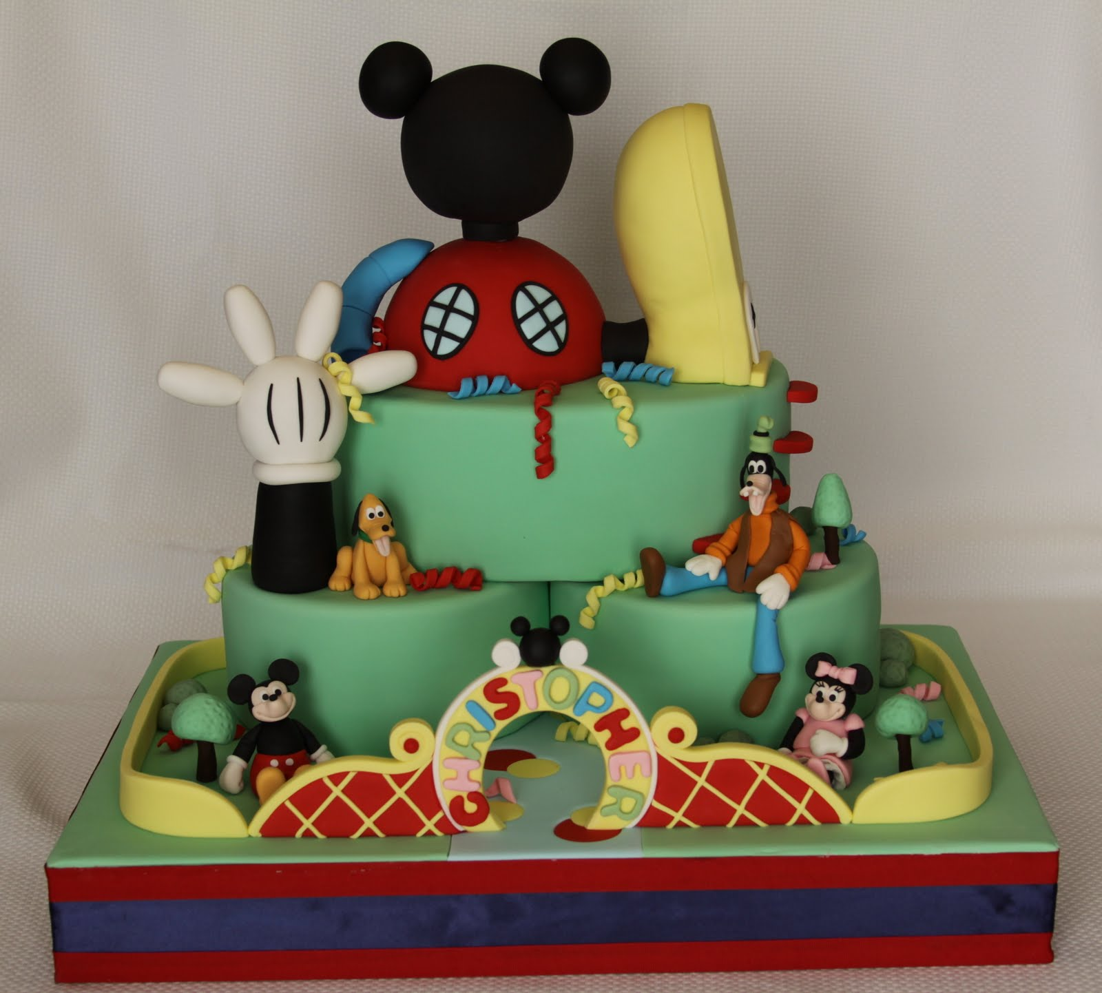 Mickey Mouse Clubhouse Mickey Park Cake
