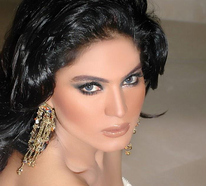 LATEST WALLPAPER: Sexy Pakistani Actress ,Veena Malik