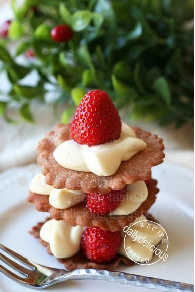 Strawberry Italian Cream Cake Recipe