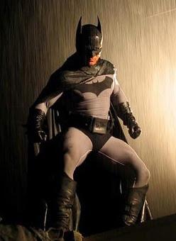 Comic book hero the greatest cape crack
