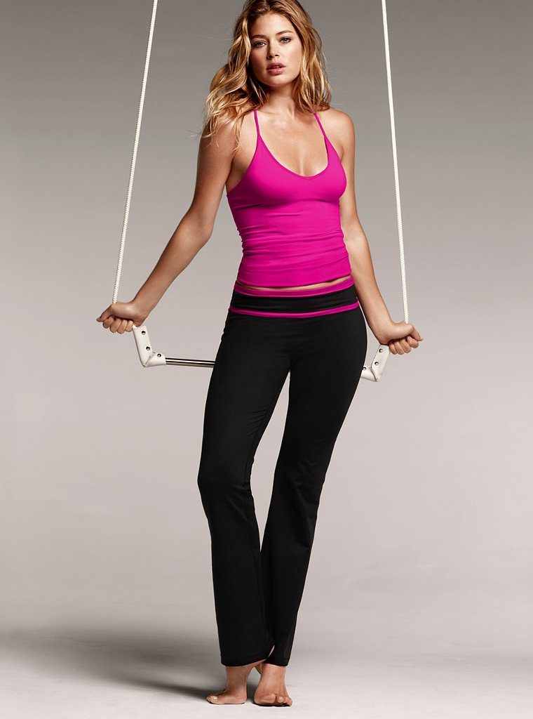 0f8a48c773db Natalie Wood Nip  Doutzen Kroes – Victoria s Secret VSX Workout ...
